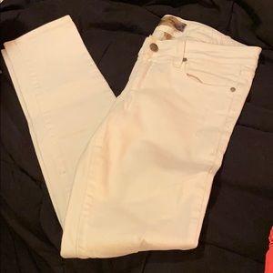 PAIGE white jeans size 27!
